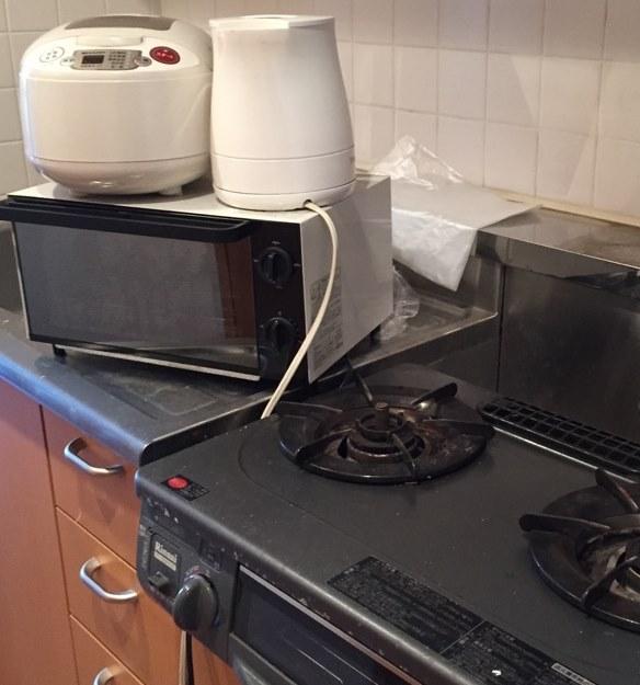 電子レンジ 炊飯ジャー 電気ケトル ガス台